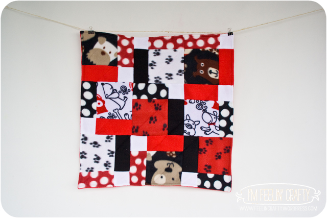 DogQuilts-BowWows-I'mFeelin'Crafty