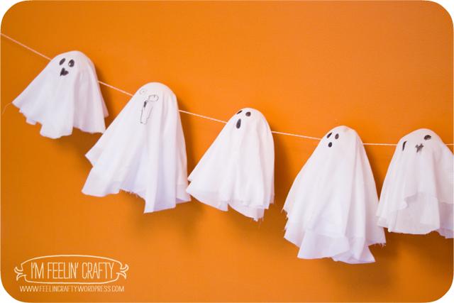 GhostlyGarland-2-ImFeelinCrafty