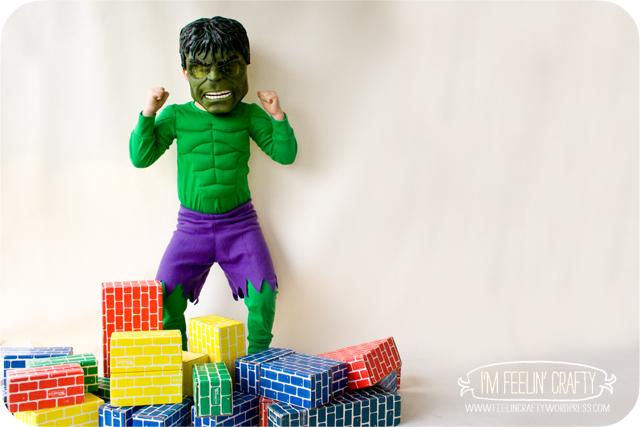 HulkMuscles-Hulk-ImFeelinCrafty