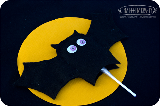 LollipopPuppets-Bat-ImFeelinCrafty