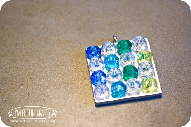 MeltedBeadNecklace-Making4-ImFeelinCrafty