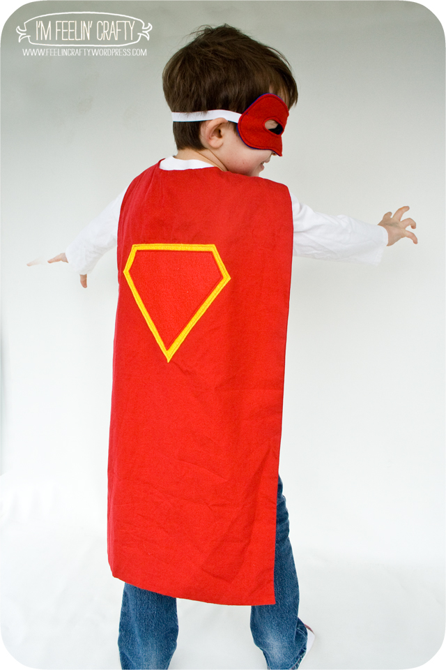 SuperHeroCape-Cape1-ImFeelinCrafty