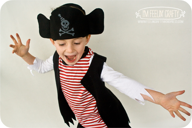 PIrateCostume-Shirt-ImFeelinCrafty