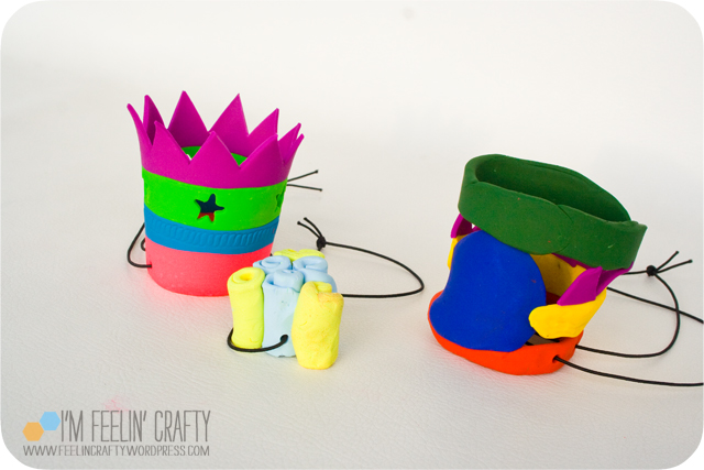 Sculpey-Crowns1-ImFeelinCrafty