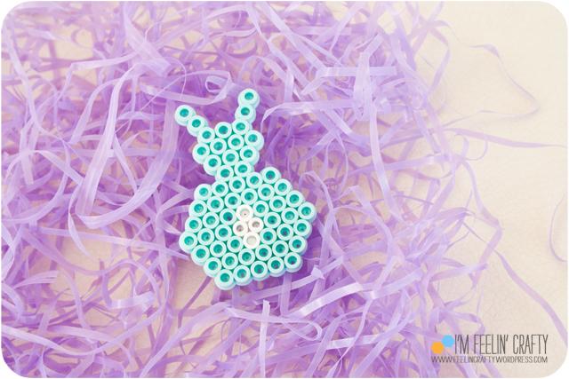 EasterCard-Bunny-ImFeelinCrafty