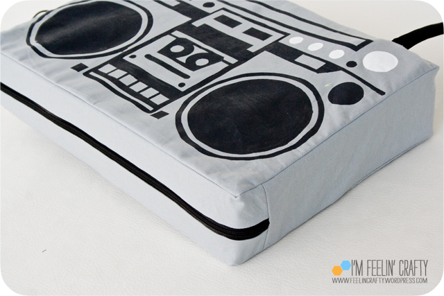 BoomBoxPillow-Finished-ImFeelinCrafty