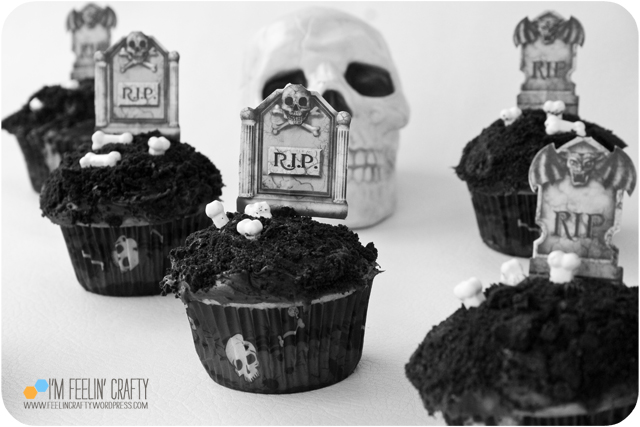 CVS-Cupcakes-SpookyCupcakes-ImFeelinCrafty