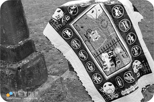 HalloweenQuilt-SpookyBW-ImFeelinCrafty