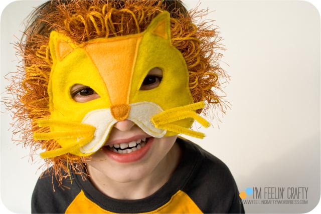LionMask-Mask1-ImFeelinCrafty