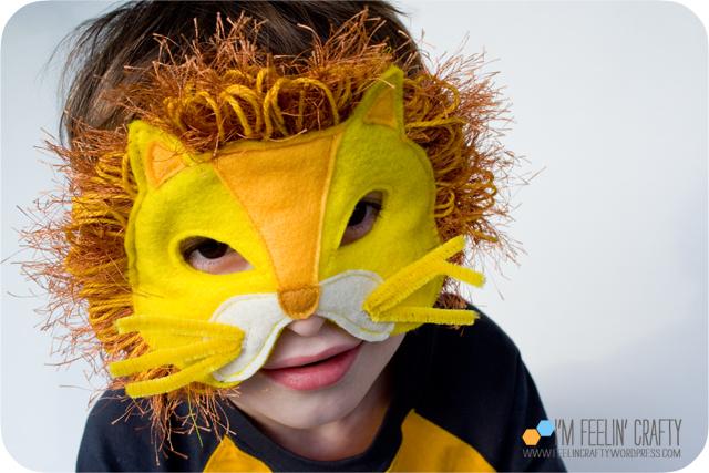 LionMask-Mask2-ImFeelinCrafty