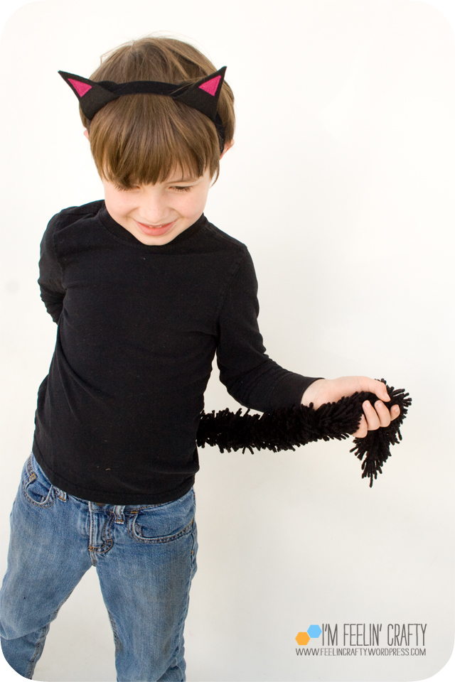 Introducing my own fringemaker and a giveaway