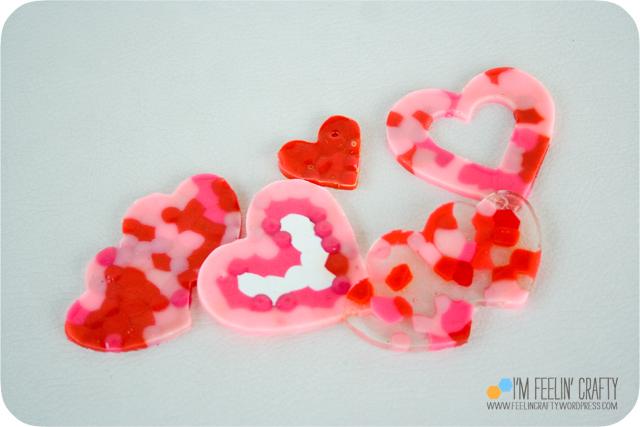 ValentineWreath-MeltedBeads-ImFeelinCrafty