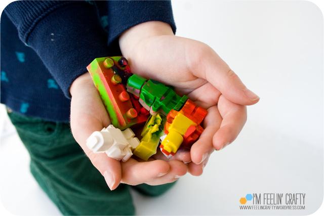 LegoValentines-Crayons-ImFeelinCrafty