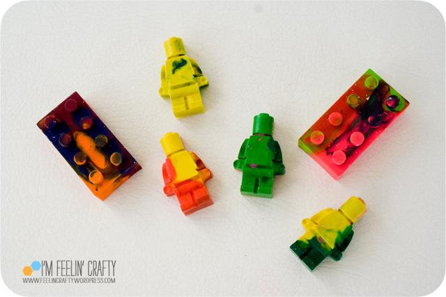 LegoValentines-Crayons5-ImFeelinCrafty